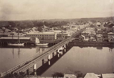 The Old Wanganui Bridge (1943)